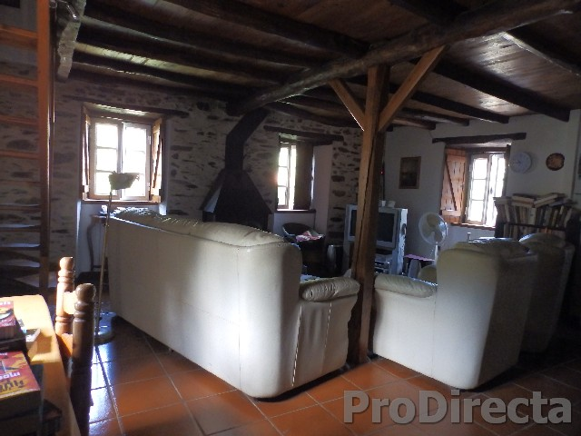 Casas do Caratão Arganil for sale