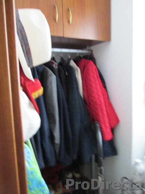 9. Cloakroom store