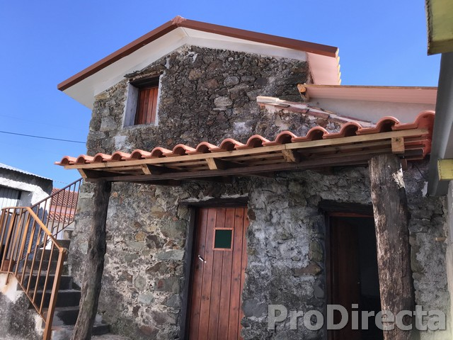 PD0405 - Casa vale figueiras (Available for rent 700€ month exp. included) at Serpins for 68000