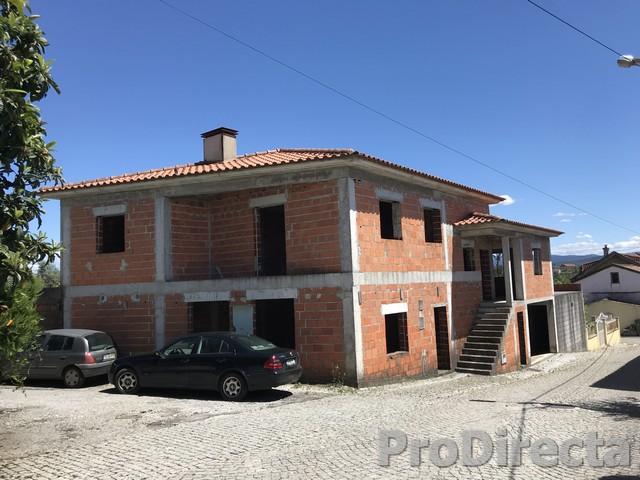 PD0417 - Casa das Fronhas at S. Martinho da Cortiça for 85000